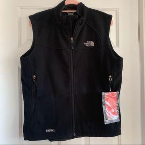 NWT The North Face fleece vest, XL